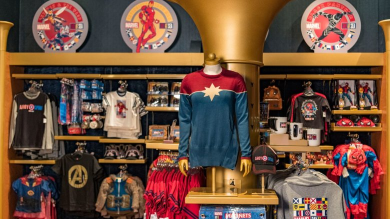 Mechandise Disney Marvel
